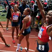 USA Red (N. Hastings, S. Richards-Ross, A. Felix, F. McCorory)